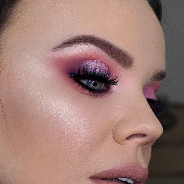 W7 Dusk Till Dawn Ultra Violet Neutrals Eyeshadow Palette