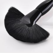 Black Large Curvy Fan Brush 3