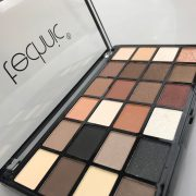 Technic 24 Eyeshadow - Brownie Points 2