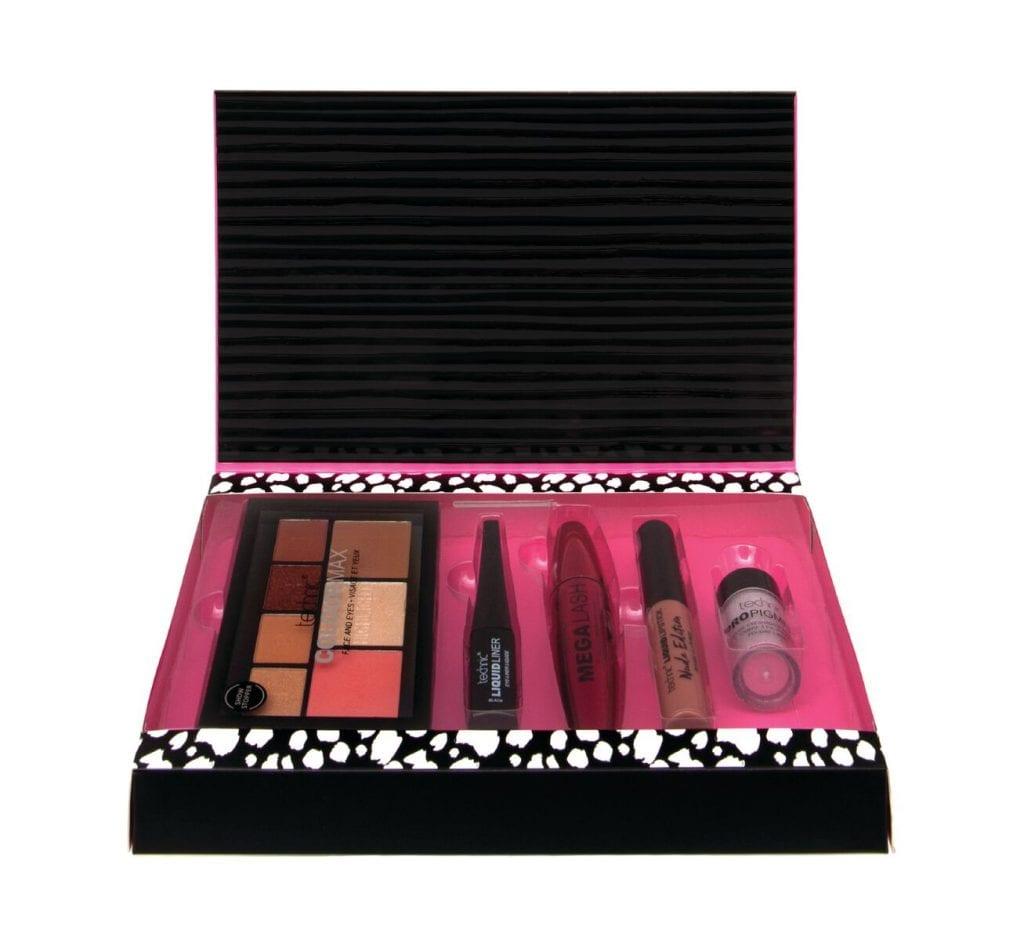 Technic Bloggers Haul Makeup Kit Gift Set 999204 - Colour